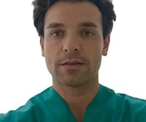Implantes Dentales, Entrevista al doctor Viña