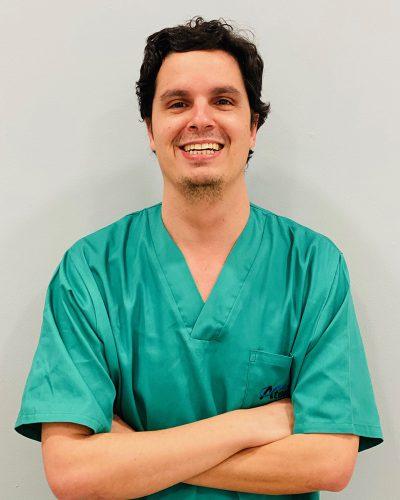 Jose Enciso Ripoll – Implantes y cirugía oral