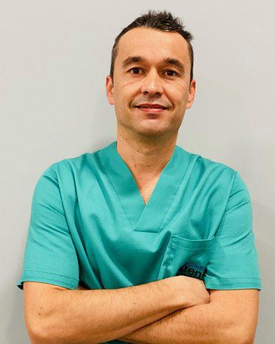 Vicente Pascual Serra – Implantes y cirugía oral